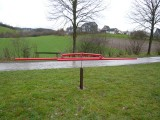 Windwippe - Stahl, rot pulverbeschichtet, mit Stahlsockel