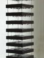 Detail Hängeinstallation Basalt, 186 cm x 20 cm x 20 cm, Regentropfen