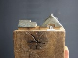Reed gedecktes Haus